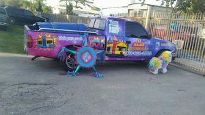 Se rentan mesas sillas y brincolines y tenemos piñatas a la venta for Sale in Houston, TX