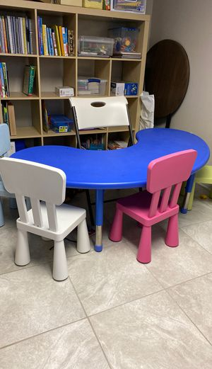 Kids Kidney table for Sale in Silver Spring, MD