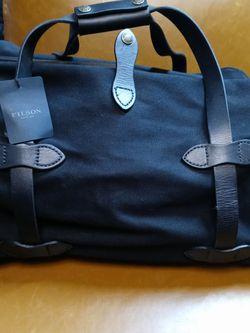 Brand New original FILSON DUFFLE BAG sm. Black for Sale in Tukwila,  WA