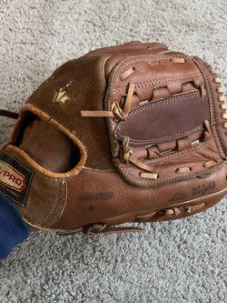 All Pro Glove Master {PR-2000} All-Star Professional Baseball Mitt ~ Retro Vtg for Sale in Moncure,  NC