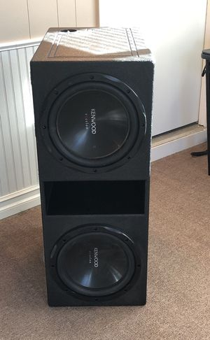 "2 12"" subs and ""q"" bomb pro box for Sale in Rolla, MO"