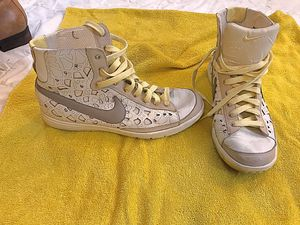Rare Nike blazer mid rise for Sale in Tigard, OR