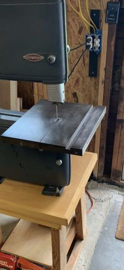 "Craftsman 12"" bandsaw Vintage/ Refurbish for Sale in Puyallup,  WA"