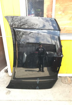Lincoln Navagator Hood 2007-2014 for Sale in Compton, CA