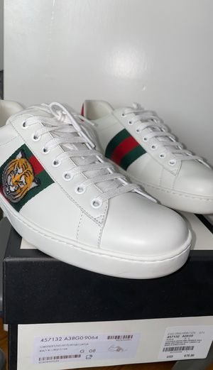 Gucci Tiger Ace size 8 for Sale in Fullerton, CA