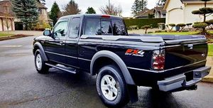 ֆ12OO Ford Ranger 4WD for Sale in Pomona, CA