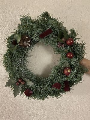 Holiday wreath $2 for Sale in Grosse Pointe Shores, MI