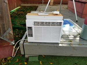2 AC units General Electric for Sale in San Diego, CA