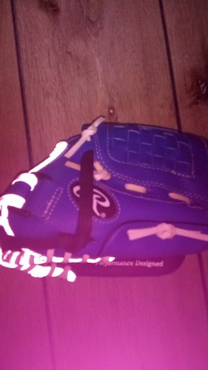 Rawlings you th baseball glove for Sale in San Diego, CA