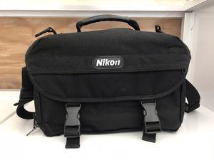 Nikon big DSLR Camera/Camcorder bag for Sale in Miami, FL