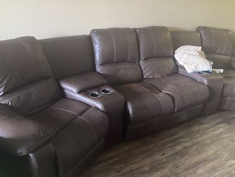 Beautiful Brown Sectional Reclining Couch for Sale in Hollywood,  FL