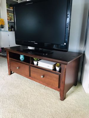 Great TV stand (very solid ) for Sale in San Marcos, CA