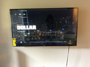 TCL Roku TV 49 inches for Sale in Glendora, CA