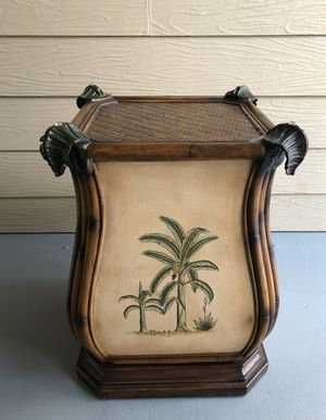 Antique Bamboo look/Palm Tree Decorative Table for Sale in Bay Lake, FL