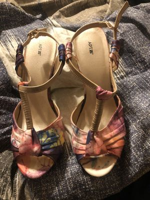 Women's heels for Sale in McKeesport, PA