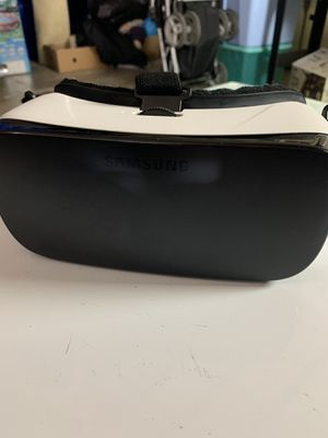 Samsung Gear VR powered by oculus for Sale in San Diego, CA