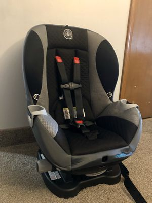Evenflo Triumph LX Convertible Car Seat, Flynn- slightly used for Sale in Mount Pocono, PA