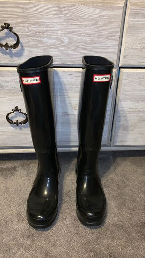 Hunter tall glossy rain boots for Sale in Chicago, IL