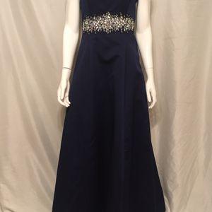 Urban Girl Nites Dress Size 11/12 for Sale in Phoenix, AZ