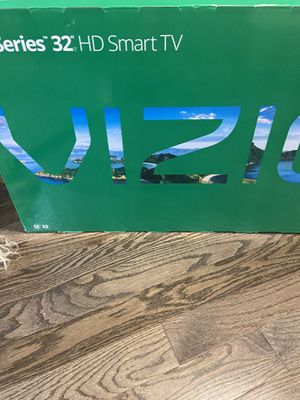 32 inch smart tv for Sale in Abington, PA