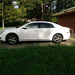 2010 Chevy Malibu for Sale in Baton Rouge, LA