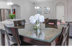Mahogany wood Dining table with chairs for Sale in Hialeah, FL