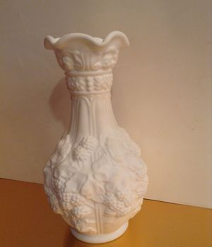 Antique milk glass loganberry vase for Sale in Vancouver, WA