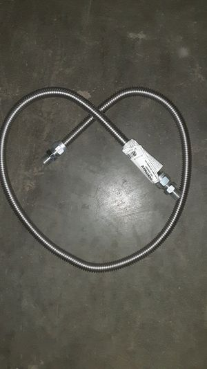"Dormont 60"" 5/8 OD gas connectors. for Sale in Jessup, MD"