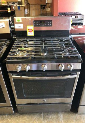 Brand New GE 30 in. 5.0 cu. ft. Gas Range with Self-Cleaning Oven in Stainless Steel 8Z 1 for Sale in Anaheim, CA