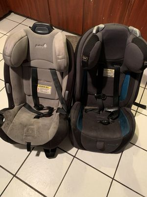 Safety first car seats $40 Each for Sale in Chicago, IL