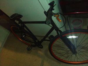 Really nice sporty mountain bike for Sale in Fresno, CA