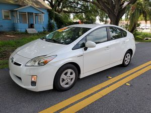 2011 Toyota prius. (1000 DOWN) for Sale in Orlando, FL