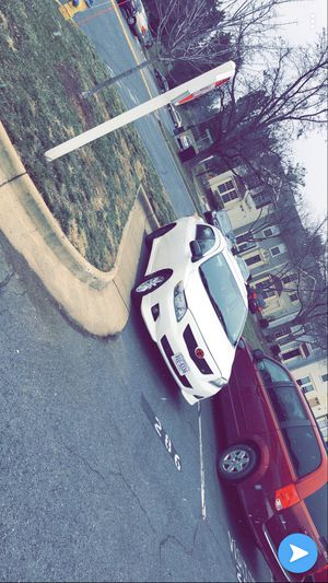 Toyota Corolla 2010 título limpio 149millas for Sale in Manassas, VA