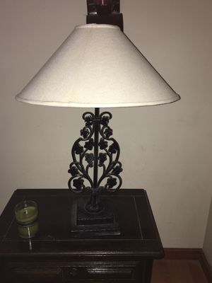 Iron lamps with wood base - set of 2 for Sale in Kissimmee, FL