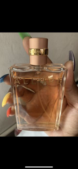 Chanel perfume used only 3times big full bottle only $70 for Sale in Hollywood, FL