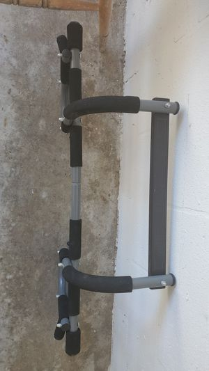 Iron Gym PROFIT PULL UP DOORWAY PULL UP BAR for Sale in Sun City Center, FL
