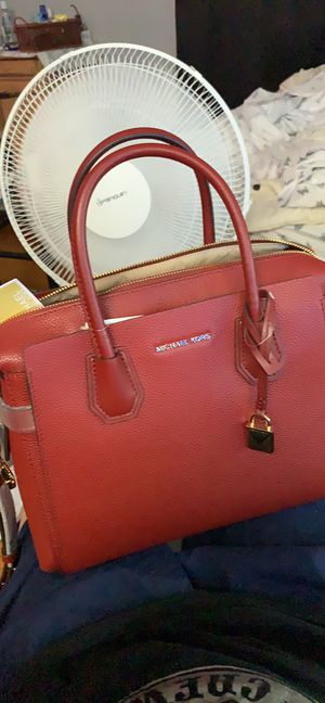 Michael Kors Mercer Belted MD Satchel Leather Brandy for Sale in Canton, MA