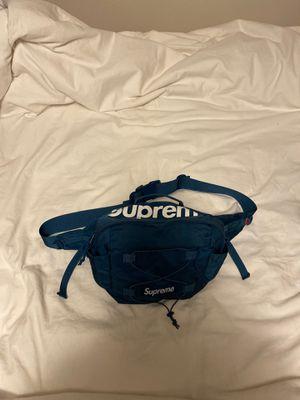 Supreme waist bag for Sale in Snohomish, WA