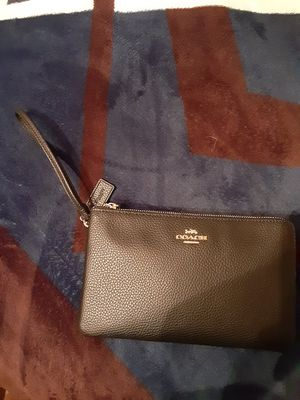Coach wristlet for Sale in Fort Worth, TX