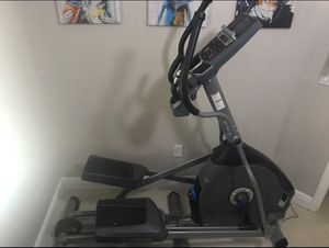 Nautilus E614 Elliptical for Sale in Homestead, FL