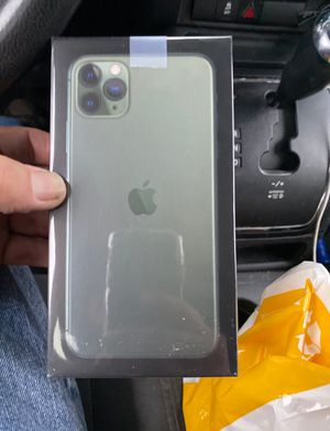 iPhone 11 Pro Max for Sale in Adger, AL