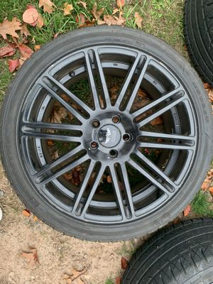 "Avarus 19""x8.5 inch tires for Sale in Hartford, CT"