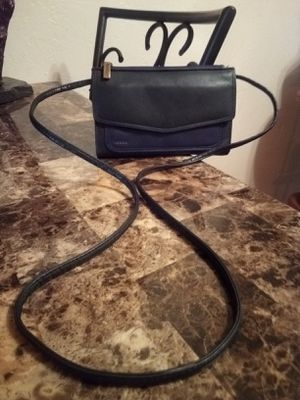Fossil black genuine leather organizer (lots of pockets) small messenger crossbody shoulder bag purse for Sale in Phoenix, AZ
