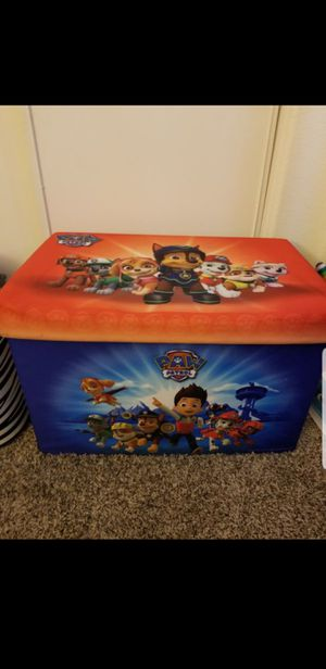 Paw patrol rug n toy box for Sale in Sacramento, CA