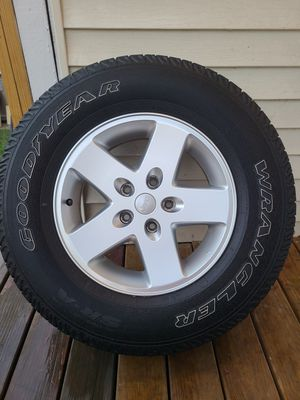 2014 jeep wrangler oem stock rims with tires for Sale in Bridgeport, CT