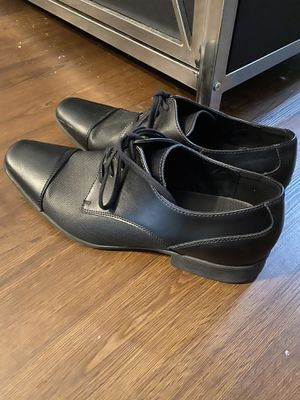 Calvin Klein men's black leather dress shoes lace up size 10 for Sale in Knightdale, NC