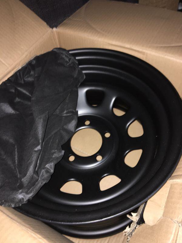 4 Brand new 15x8 Jeep pro com wheels