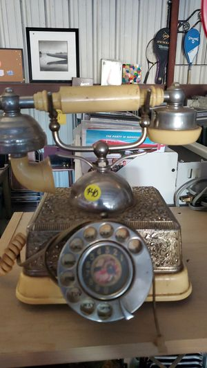 Vintage Phone for Sale in Rainbow, TX