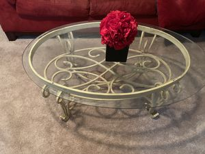 Two end tables, coffee table and sofa table for Sale in Forest Heights, MD