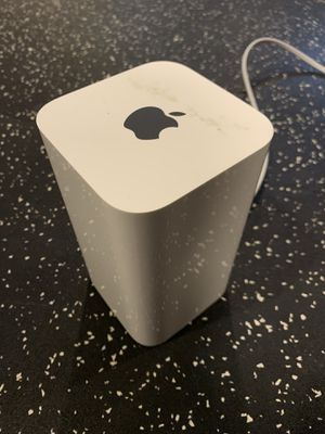 Apple AirPort Extreme Base Station Dual Band 802.11ac Wifi Router A1521 6th Gen for Sale in Boston, MA